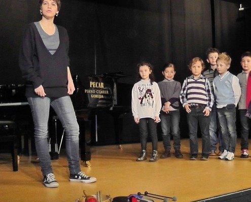 Maestra Caterina De Biaggio e il Gruppo di Educazione Musicale