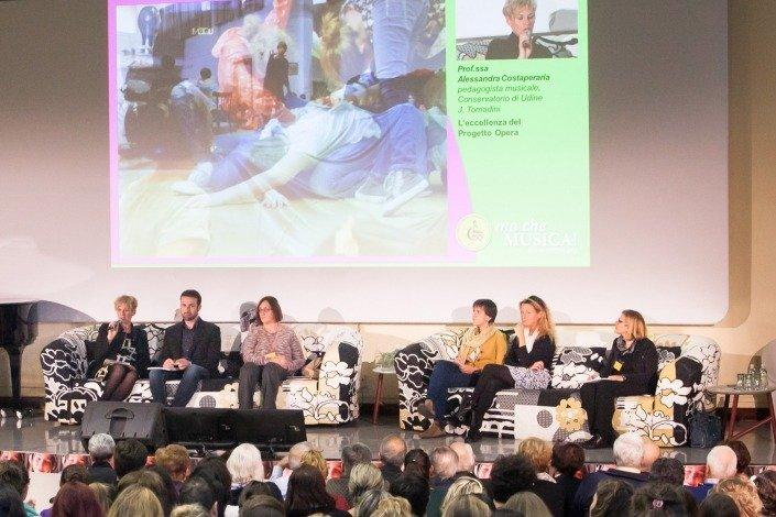 Alessandra Costaperaria: il Progetto Opera che da sei anni coinvolge i 180 ragazzi della Scuola Valussi Convenzionata con il Conservatorio di Udine