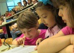 Coro tra il pubblico, I bambini in Congresso – Progetto Music Science Children Lab